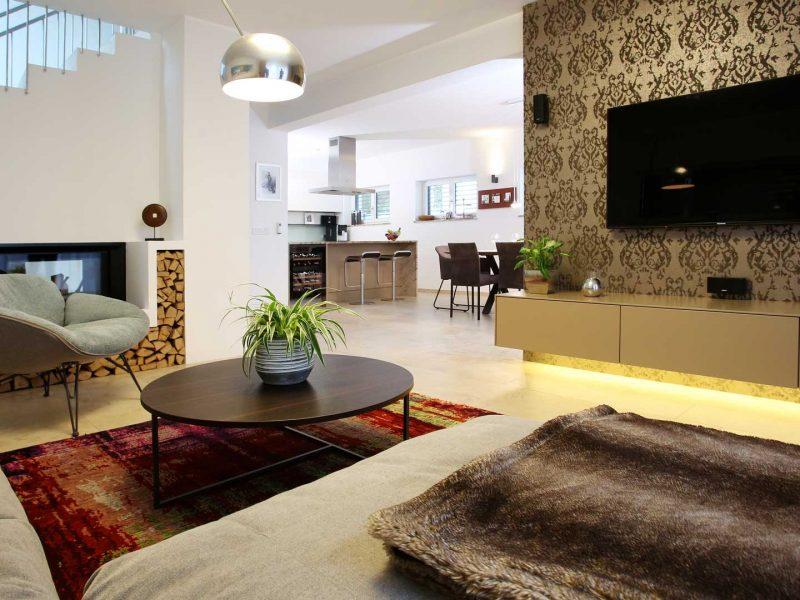 Sofa Arketipo | Tisch Arketipo | Teppich Mischioff | Stehlampe Flos