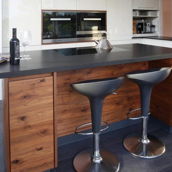 Küche Umsetzung Tischler | Platte Strasser | E-Geräte Miele